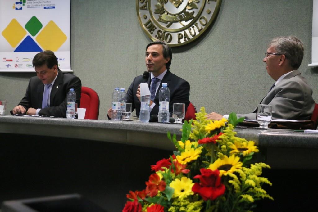 """CACB e ABRAREC lançam pacto pela """"Não Judicialização dos Conflitos"""""""